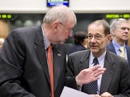 Slovenian Minister of Foreign Affairs Dimitrij Rupel and EU High representative Javier Solana before the meeting
