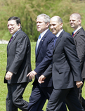 Jose Manuel Barroso, George Bush and Janez Janša are arriving to the press conference