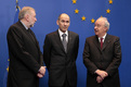 Slovenian Minister for Foreign Affairs Dimitrij Rupel, Slovenian Prime Minister and President of the European Council Janez Janša and Slovenian Minister for Finance Andrej Bajuk expect Heads of State and Government