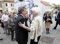 Slovenski Minister Iztok Jarc and Commissioner Mariann Fischer Boel are dancing in the Maribor main square