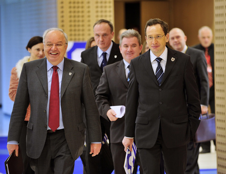 Arrival of the Ministers to the Press conference